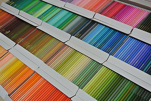 やばい!忘れてた物欲がふつふつ。500色の色鉛筆!!!